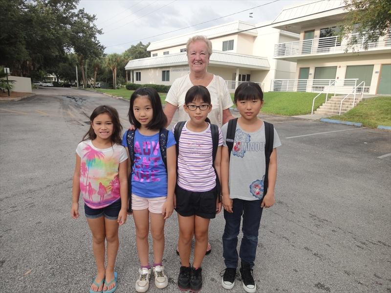 UF1 小学生アメリカ・フロリダ州...