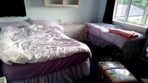 部屋ベッド